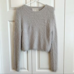 Tops - Fluffy top high rise size Xs
